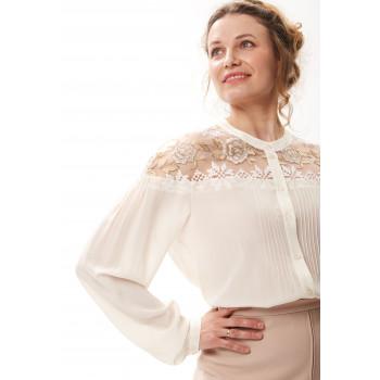 Блуза «Лаурита» молочного цвета