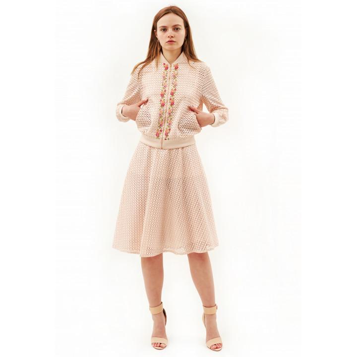 Костюм «Дебби-1» розового цвета с вышивкой