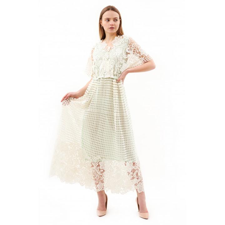 Платье из макраме молочного цвета