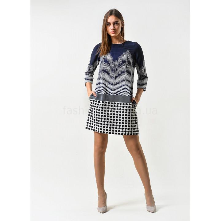 Платье «Эббиль-2» синего цвета с геометрическим принтом