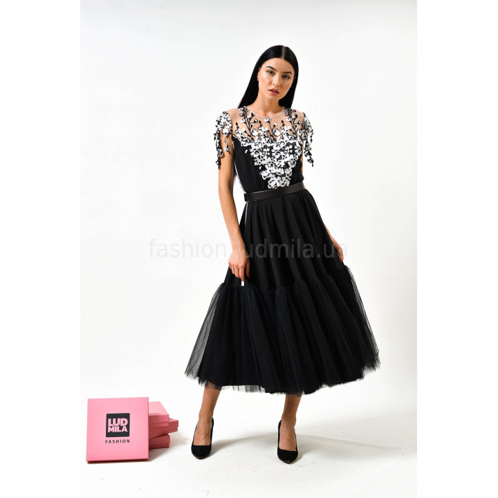 Платье «Алла» черного цвета с кружевом